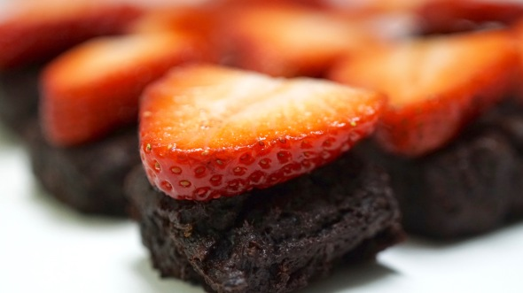Deep Chocolate Brownie Bites