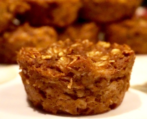 Pumpkin Spice Oatmeal Muffin Cups