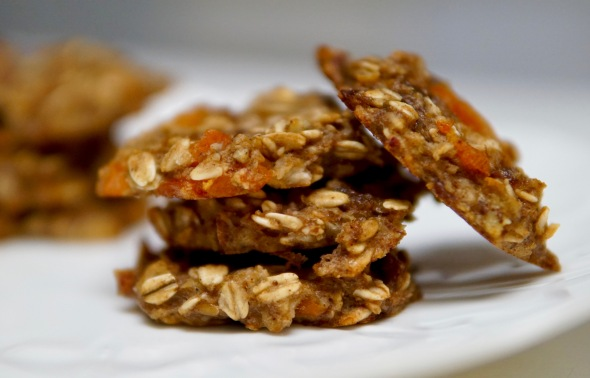 Banana and Apricot Oatmeal Cookies (fruit-sweetened)